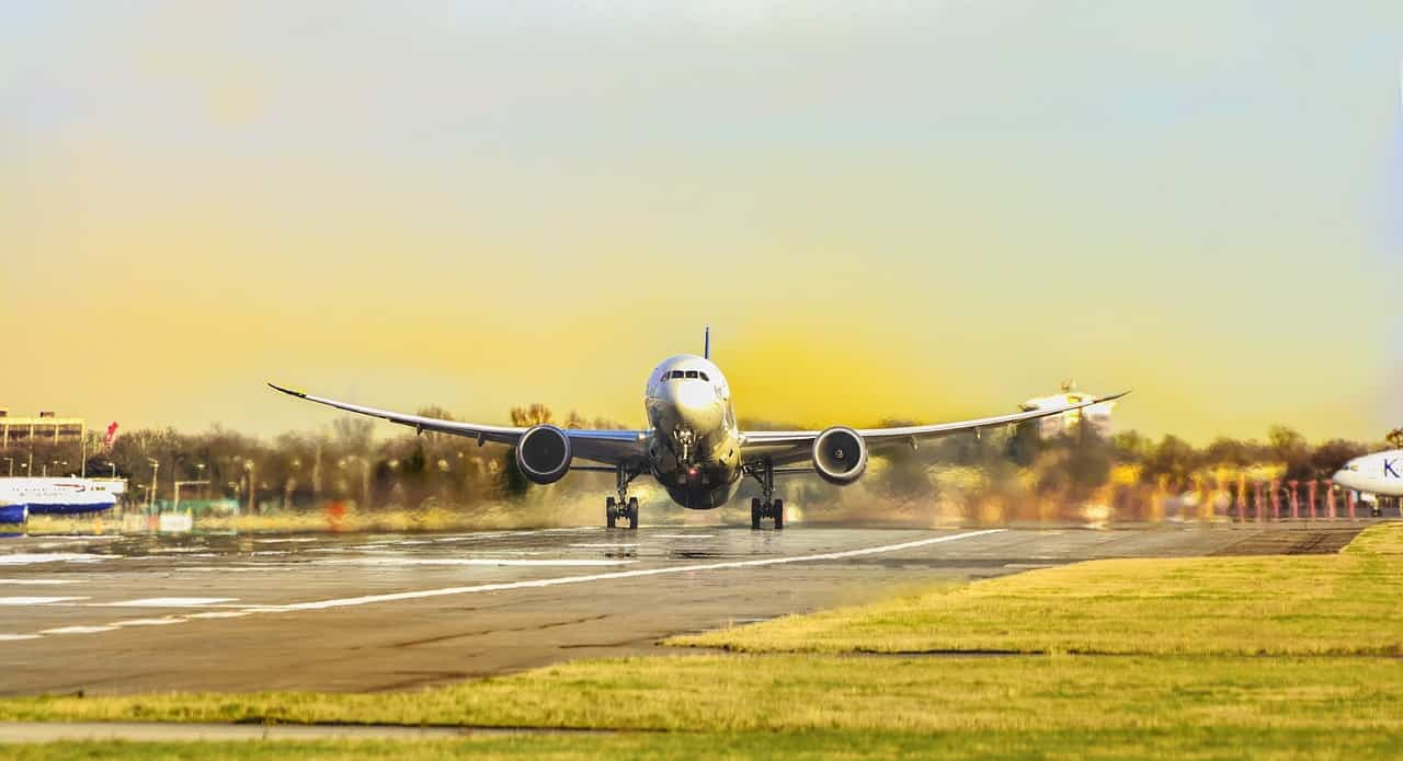 מטוס ענק