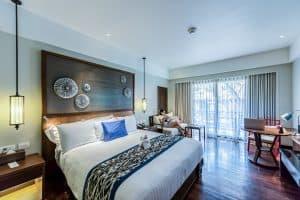 חדר שינה מעוצב ומואר