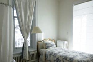 3 כללים לרכישת וילונות לחדר שינה באינטרנט